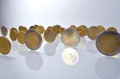 Monedas euro derechas Foto de archivo libre de regalías