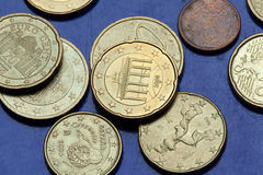 Monedas euro Puerta de Brandenburgo Foto de archivo libre de regalías