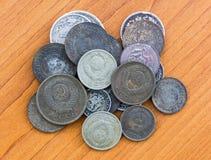 Monedas expiradas viejas Monedas de URSS y monedas de plata Fotografía de archivo libre de regalías