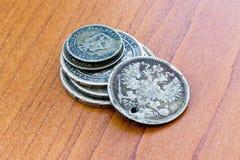 Monedas expiradas viejas Monedas de URSS y monedas de plata Foto de archivo libre de regalías