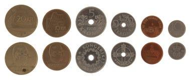 Monedas noruegas aisladas en blanco Fotos de archivo