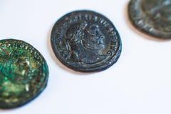 Monedas romanas Monedas viejas raro histórico Foto de archivo libre de regalías