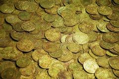 Monedas viejas foto de archivo libre de regalías