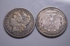 Monedas viejas de los E.E.U.U. de la plata Morgan Dollar 1890 Foto de archivo libre de regalías