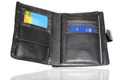 Monedero con las tarjetas de crédito Fotografía de archivo libre de regalías