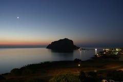 Monemvasia por noche Imagenes de archivo