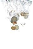 monet euro spadać woda Zdjęcie Royalty Free