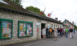 Monet home, Giverny, France. GIVERNY, FRANCE - AUG 5:  Visitors wait to enter the house of Claude Monet in Giverny, France, is shown here on August 5, 2016 Royalty Free Stock Photos
