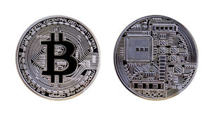 Moneta d'argento di Bitcoin isolata su fondo bianco Fotografie Stock