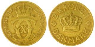 2 moneta della corona scandinava 1925 isolata su fondo bianco, Danimarca Fotografia Stock Libera da Diritti