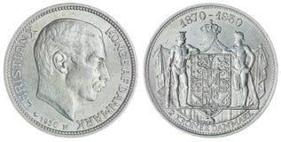 2 moneta della corona scandinava 1930 isolata su fondo bianco, Danimarca Immagini Stock Libere da Diritti