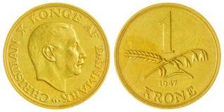 1 moneta della corona scandinava 1947 isolata su fondo bianco, Danimarca Fotografia Stock