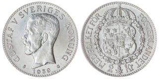 2 moneta della corona scandinava 1939 isolata su fondo bianco, Svezia Fotografie Stock