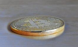 Moneta di oro digitale di cryptocurrency di Bitcoin Fotografie Stock
