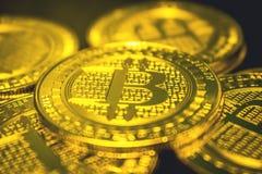 Moneta dorata di Bitcoin, concetto di cryptocurrency, concetto del mercato del bitcoin, cryptocoins Immagine Stock
