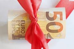 Monetarny rola z Euro banknotami zdjęcia stock
