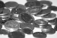 Monete britanniche in bianco e nero Immagine Stock
