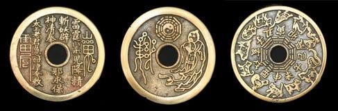 Monete cinesi del taoista Immagine Stock