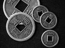 Monete cinesi di shui del feng Immagine Stock