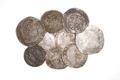 Monete d'argento antiche della Francia e dell'Inghilterra su fondo bianco Fotografia Stock Libera da Diritti