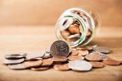 Monete d'argento della pila alta vicina dell'annata Fotografia Stock Libera da Diritti