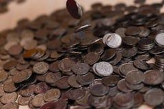Monete d'argento ucraine Piramide di soldi Fotografia Stock