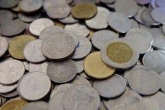 Monete di baht tailandese del primo piano, fondi della Tailandia Immagine Stock Libera da Diritti