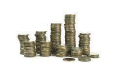 Monete di baht tailandese su fondo bianco Immagini Stock