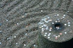 Monete di lancio Fotografia Stock