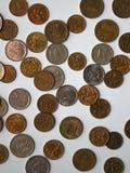 Monete differenti sulla tavola Immagine Stock