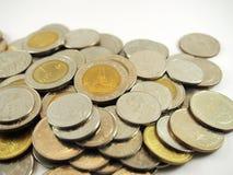 Monete, soldi tailandesi di baht Immagini Stock Libere da Diritti