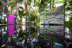 Monets Garten-Ausstellung stockbilder