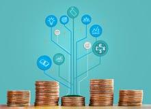 Monety brogują i drzewny infographic pokazuje growht biznes i handel Poj?cie biznesowi przyrosta, pieni??nych lub pieni?dze savin obraz stock