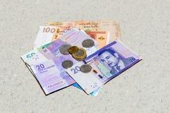 Monety i banknoty w Marokańskich dirhams obraz royalty free