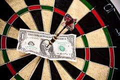 Money arrow dart Royalty Free Stock Photography