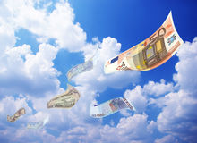Money falling from sky Royalty Free Stock Photos