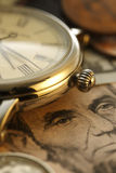 money time Klocka i US dollar - materielbild Royaltyfri Foto