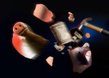 Moneybox piggy rotto fotografia stock libera da diritti