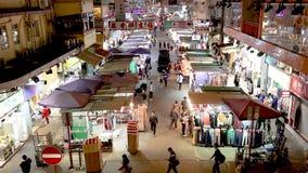Mong Kok gatamarknad, Hong Kong Färgrikt och fullsatt stock video