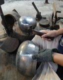 Monge Bowl que faz na bateria da proibição, monge Bowl Village Imagem de Stock