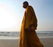 Monge na praia Foto de Stock Royalty Free