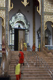 Monge tailandesa Blessing imagem de stock