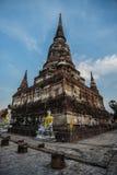Mongkol de Wat yai chai, Ayutthaya Fotos de archivo