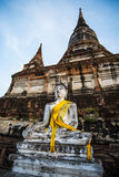 Mongkol de Wat yai chai, Ayutthaya Imagenes de archivo