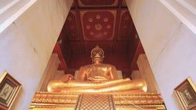 Mongkolbophit菩萨由古铜制成,与仅一个在泰国 库存照片