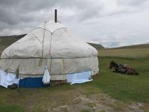 Mongolei - traditioneller Lebensstil und Landschaft in West-Mongolei Lizenzfreies Stockfoto