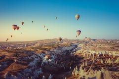 Mongolfiera in Cappadocia Immagini Stock Libere da Diritti