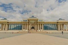 Mongoliet - Ulaanbaatar - Chinggis Khan Squeare arkivfoto