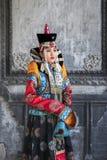 Mongolska kobieta w tradycyjnym stroju fotografia stock