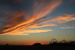 Monica-Pier am Sonnenuntergang Lizenzfreies Stockfoto
